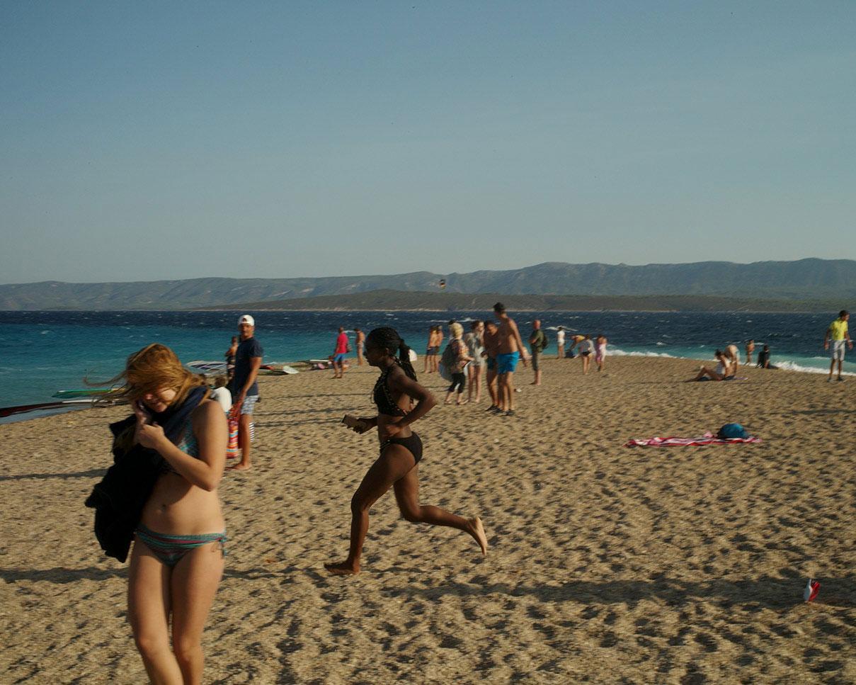 דויד סקורי צילום בחוף בראצ - קרואטיה